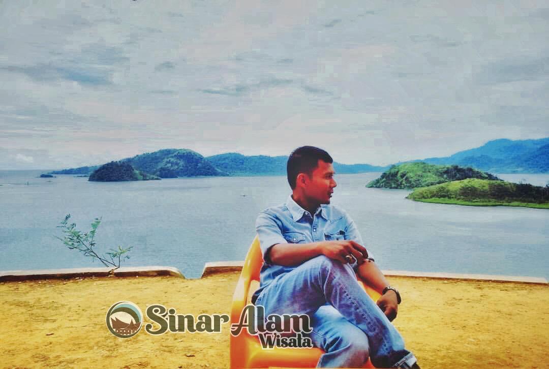 Melancong ke Mandeh Island